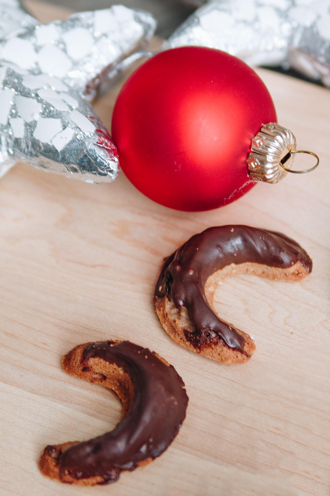 Weihnachtliche Schoko-Mandel-Bögen { Create yourself a merry little Christmas – 13. Türchen }