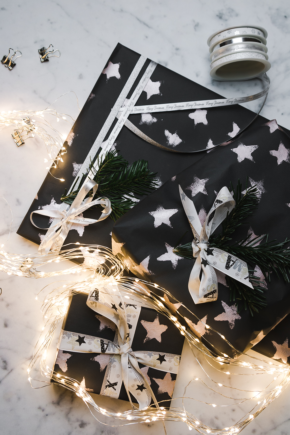 Geschenkpapier selbst bedrucken { Create yourself a merry little christmas }